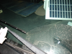 pizzahut sign hit car cracked glass south lolo mt 10 16 2015 (4)
